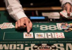 Chơi Poker thế nào để thắng nhiều?